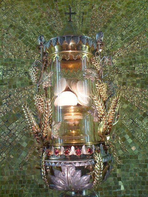 Siena: 223 hóstias consagradas há mais de 276 anos estão em perfeito estado